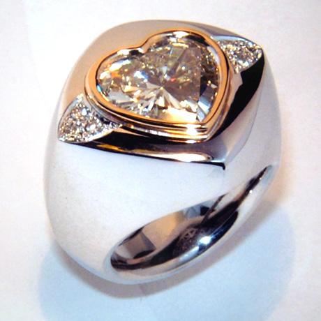 Ringe Schmuck Pomp 246 S Mit Diamanten Brillanten Vom Goldschmied
